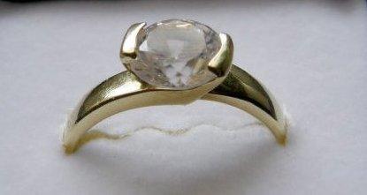 Erika a Vladko 8 máj - Môj snubný prstienok