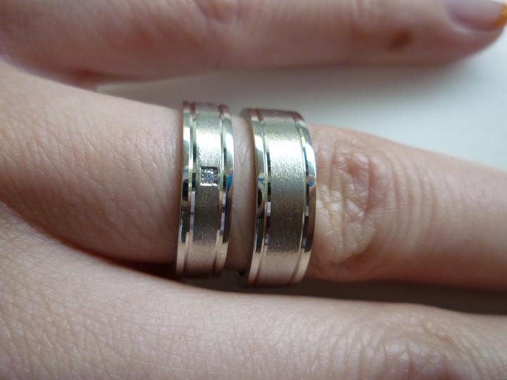 Nadka a Petko 28.5.2011 - a takto vyzeraju na ruke. :)
