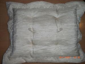 vankúšik na prstienky (vlasná výroba)
