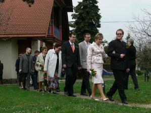 Svatební průvod