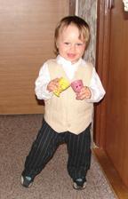 Náš Adamko - zkouška jeho obleku