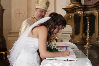 Podpis nevěsty - no samozřejmě jsem se podepsala starým jménem :(