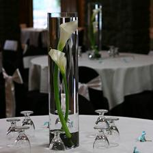 Další varianta výzdoby na svatební tabuli