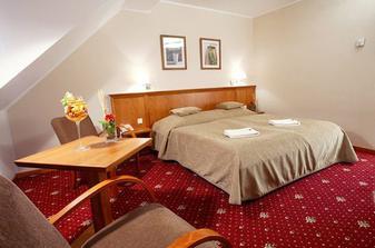 novomanželské apartmá v hotelu Prachárna...jako svatební dar od brášky a budoucí švagrové...:o)