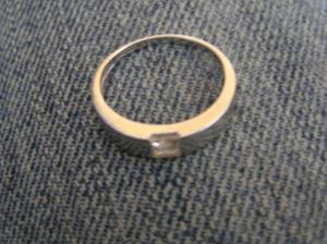 zásnubní prstýnek od miláčka...