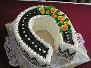 moc pěkný dort, podkova určitě bude...