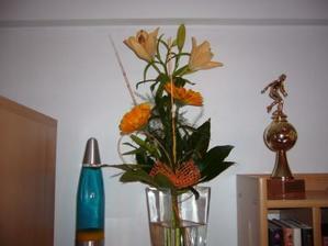 Tuto krásnou kytičku jsem dostala k zásnubám