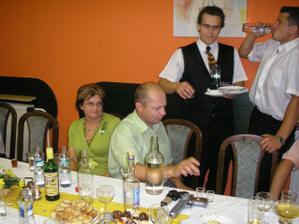 Vyjímeční lidé-Iva a Miloš.Jsou nablízku vždycky, když je člověk potřebuje.