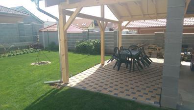 na začiatok sezony stačí ...dokupime drevenný nabytok
