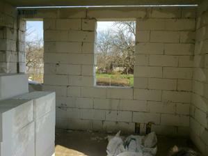 Okná vo WC a v kuchyni
