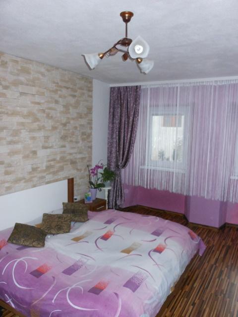Náš 100 rokov starý domček :) - spálňa :)