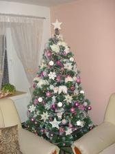 Tak mi sme už robili stromček už sme nevydržali :)