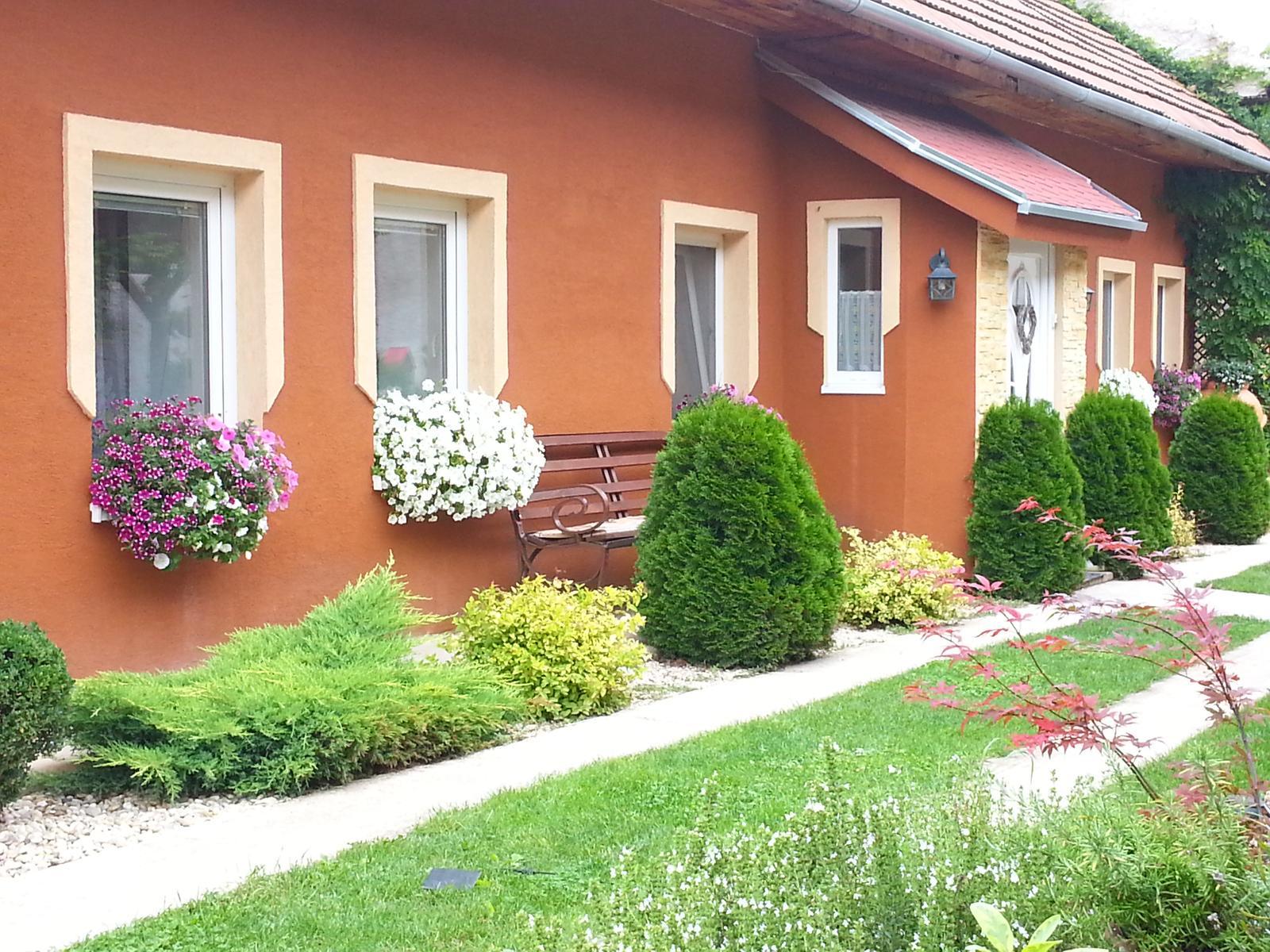 Náš 100 rokov starý domček :) - Obrázok č. 367