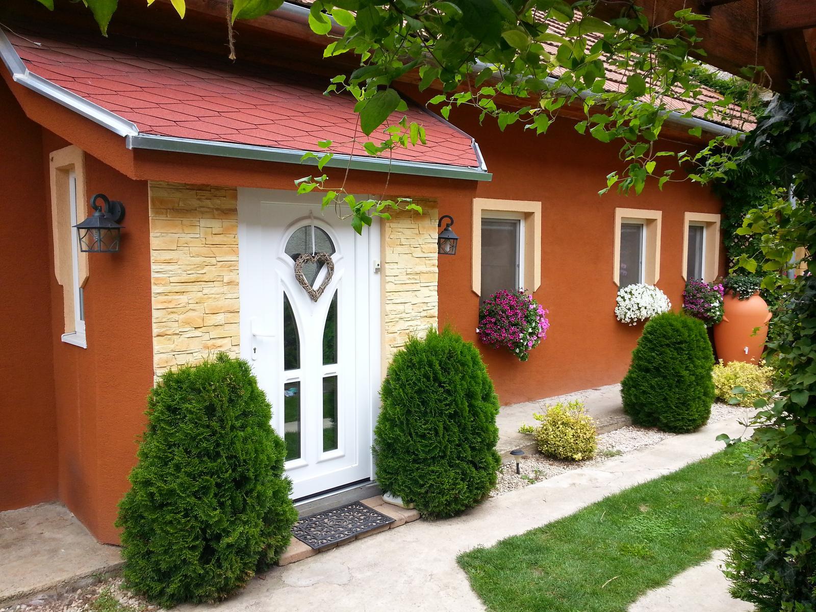 Náš 100 rokov starý domček :) - Obrázok č. 368