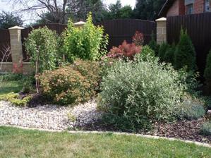 Záhrada po troch rokoch od realizacie.