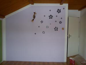 délka filaové steny jsou necelé tři metry,chybi cca 20čísel. Ted jak tam stím stolem :-)