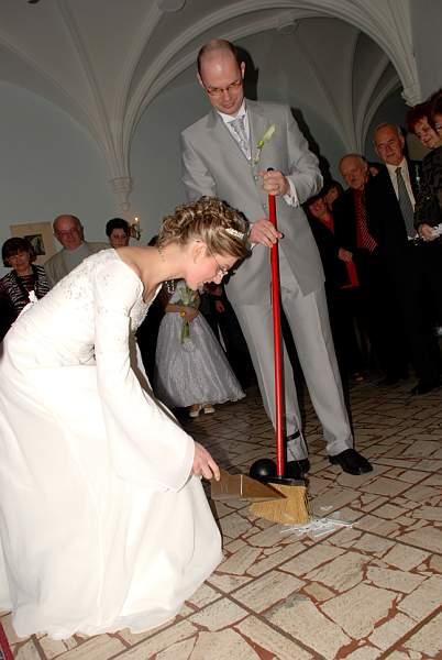 Zuzana Lysa{{_AND_}}Peter Kleberc - a sup do prace.....