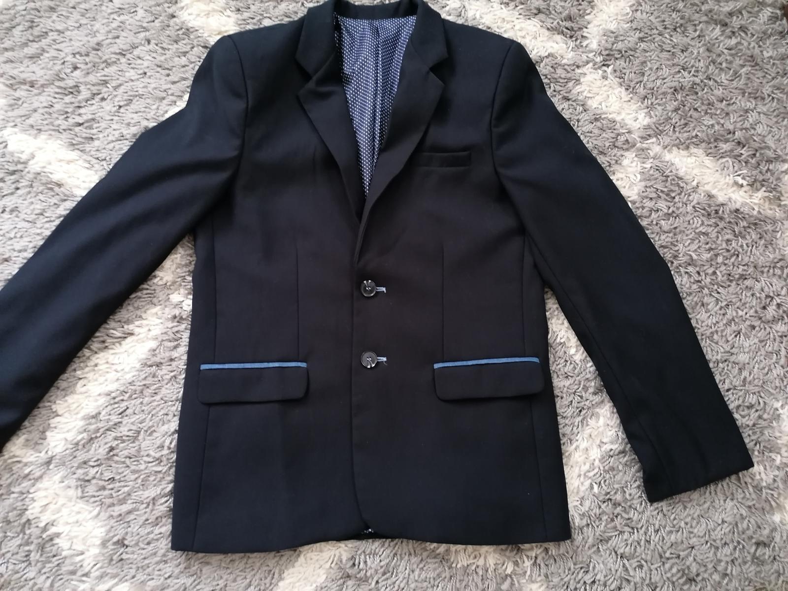 Tmavomodrý oblek  - Obrázok č. 3