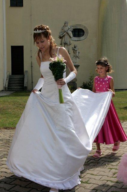 Ivana{{_AND_}}Milan Jandourkovi - druzicka c. 2 - mela veleduleztiy ukol