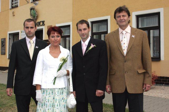 Ivana{{_AND_}}Milan Jandourkovi - manzel s rodinou