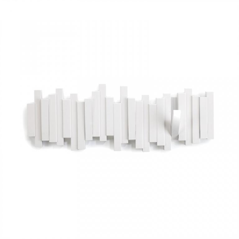 Vešiaky - Plastický vešiak na stenu s 5 výklopnými háčikmi. Keď sú háčiky zaklopené, pôsobí ako nástenná dekorácia. Dizajn: DAVID QUAN