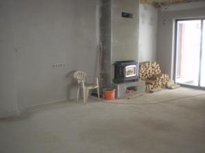 obývačka, krb sa mramorom obloží