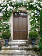 krásny vchod do domu