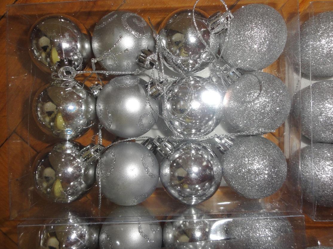 Vianočne gule strieborne - Obrázok č. 4