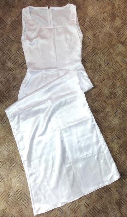 Šaty cca XS - Obrázok č. 1