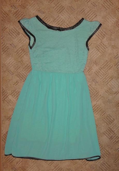 Šaty xs-s - Obrázok č. 1