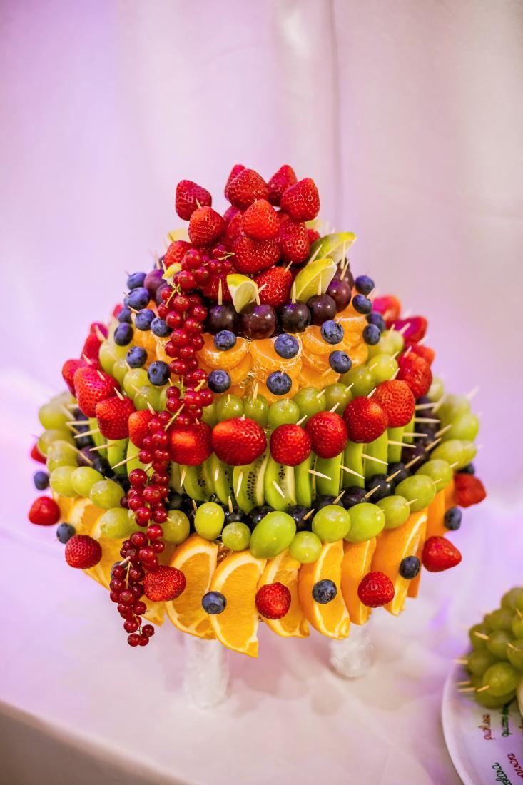 Petra{{_AND_}}Jajo - ovocie do sladkeho kutika robila Anicka Petrovcinova.... sikovna je ( toto je mala cast , nestihli sme spravit foto ;))