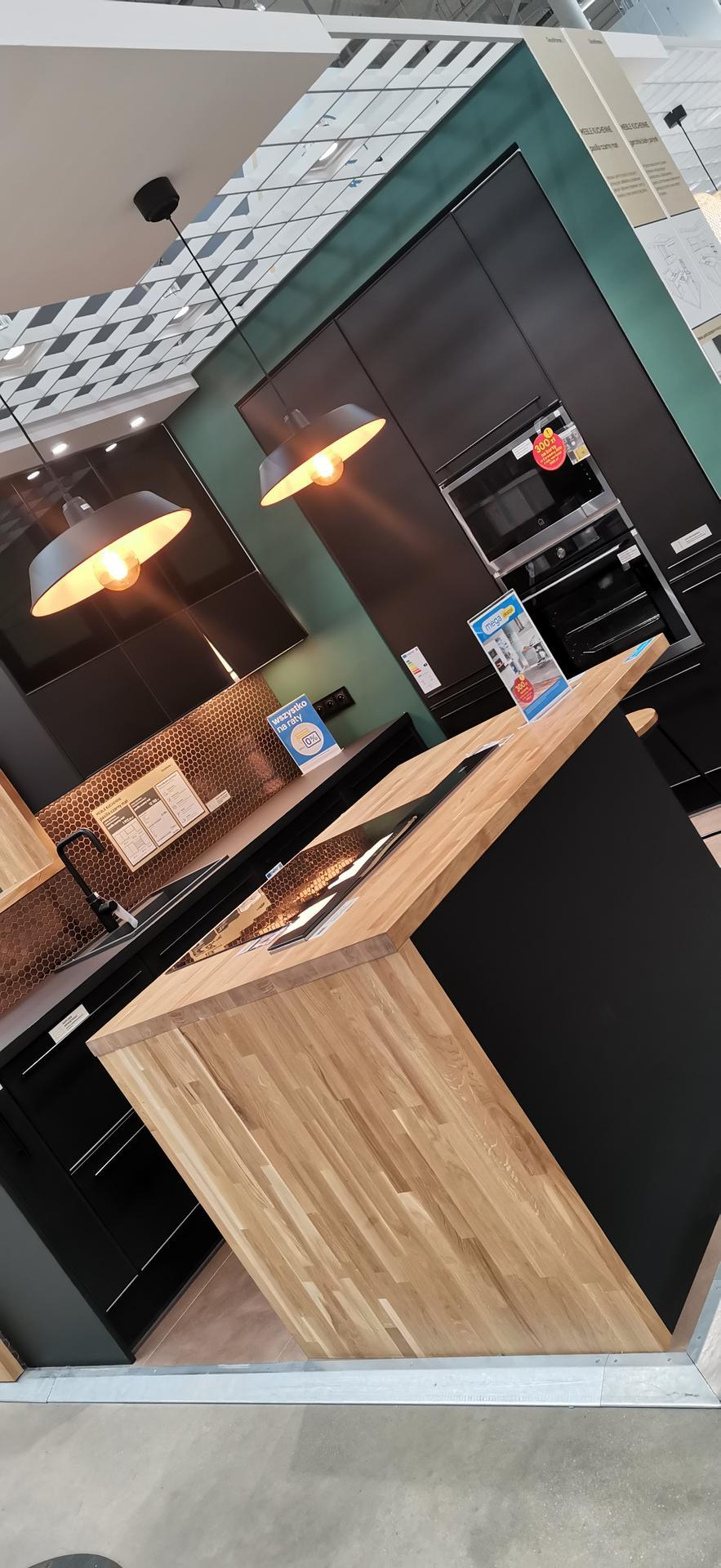 Ukážete mi prosím kdo máte černou kuchyň z Ikey? - Obrázek č. 1