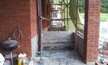 8.8.2012 schody na terasu