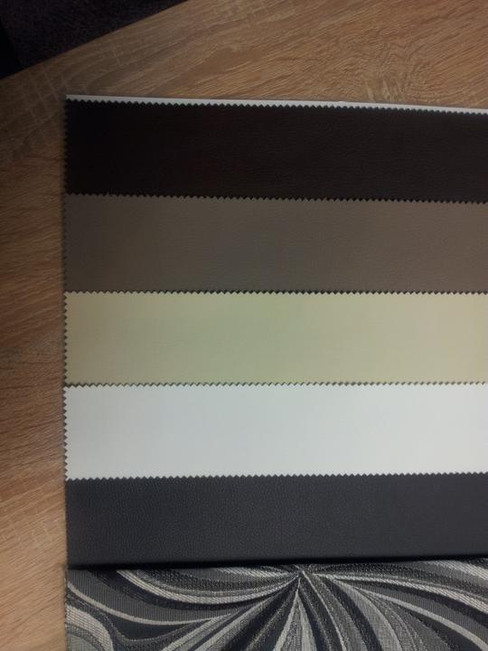 Obývací pokoj a kuchyn ispirace - v te bezove barve - je naprosto identicka s barvou zidli