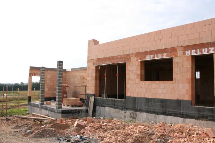 Stavba domu - 18.9.2010
