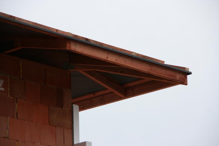 Stavba domu - 22.10.2010 strecha domu hotovo vodotěsné podstřeší + okapnička