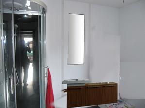delka skrinek 120cm, vyska 46cm. cena vcetne umyvadla a zrcadla 8245Kč