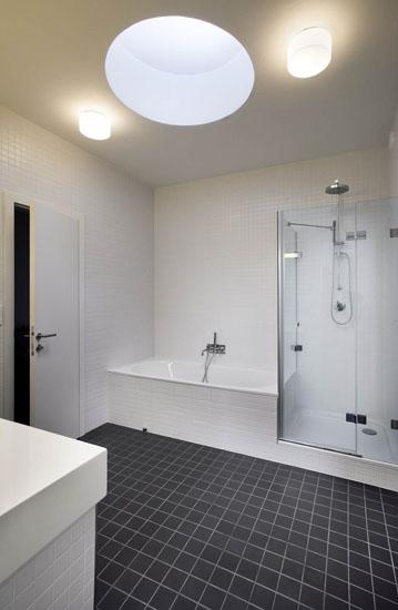 Mala panelakova koupelna - Obrázek č. 70