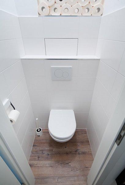 Mala panelakova koupelna - Obrázek č. 110