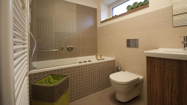 Mala panelakova koupelna - Obrázek č. 61