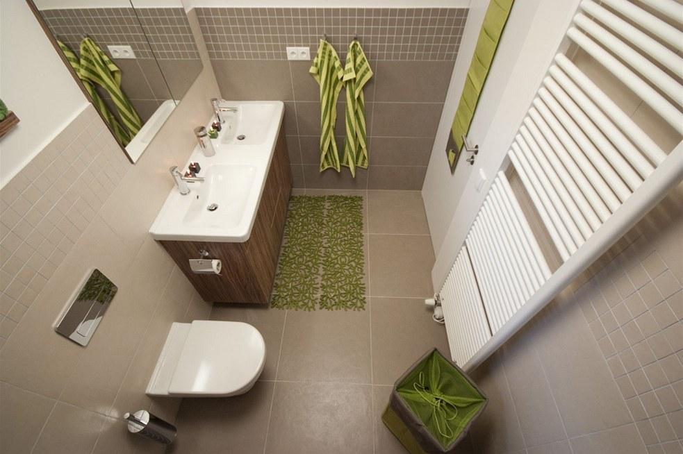 Mala panelakova koupelna - rako clay