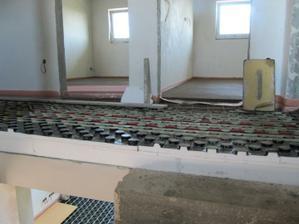 30.5.2011 položené podlahové topení a betony