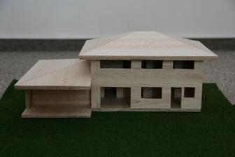 model našeho domu, dělal ho manžel