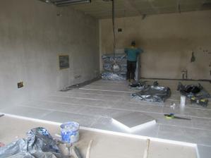 21.7.2011 zateplení podlahy v garáži