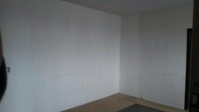 PRED - na tejto stene bude na mieru robená sedačka - 3400 x 2000