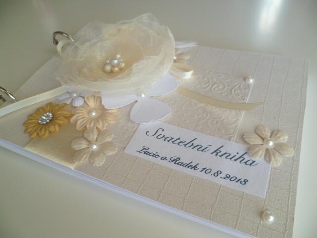 Dekorace na svatební den-zakázková tvorba - svatební kniha 222kč