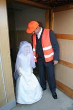 Falešná nevěsta.....