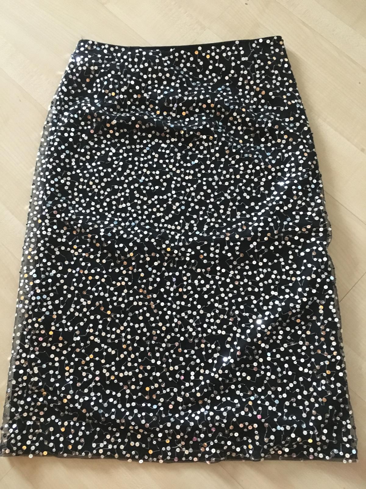 NEXT sukňa so striebornými flitrami - Obrázok č. 1