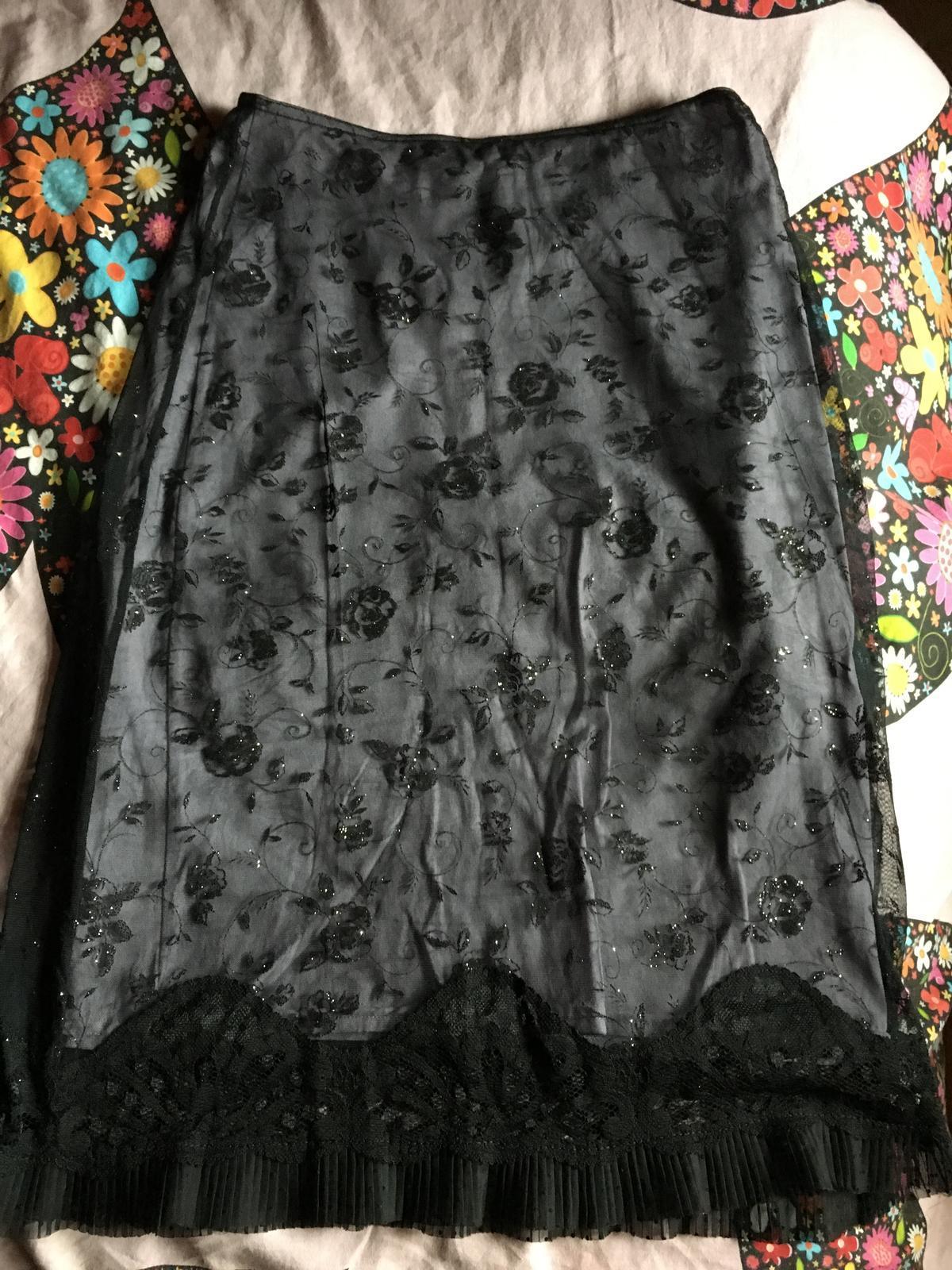 Morgan čipkovaná sukňa - Obrázok č. 1