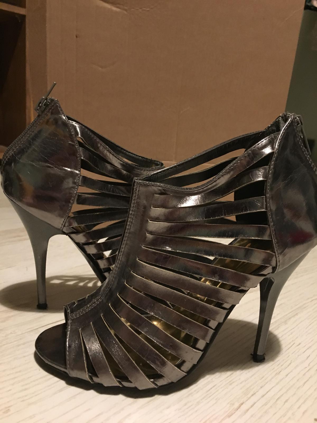 metalické sandále - 38 - Obrázok č. 1